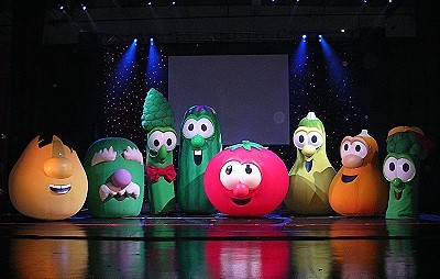 VeggieTales Live! Sing Yourself Silly  Still